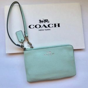 Coach 100% Authentic Mint Green Wristlet. F53429